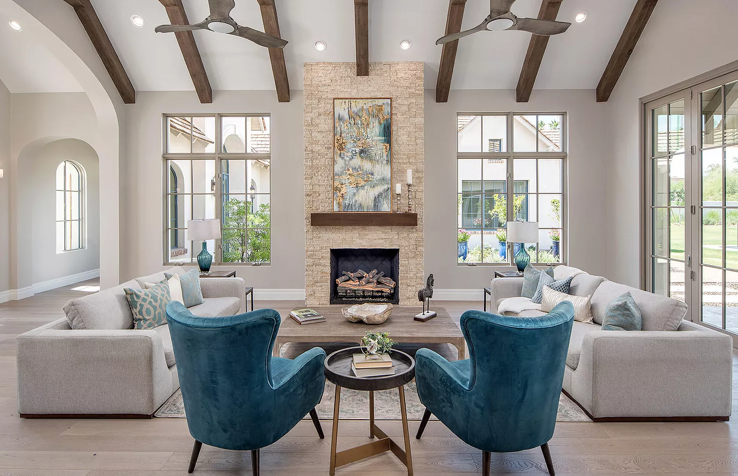 iSearch Decor Paradise Valley Living Room Photo