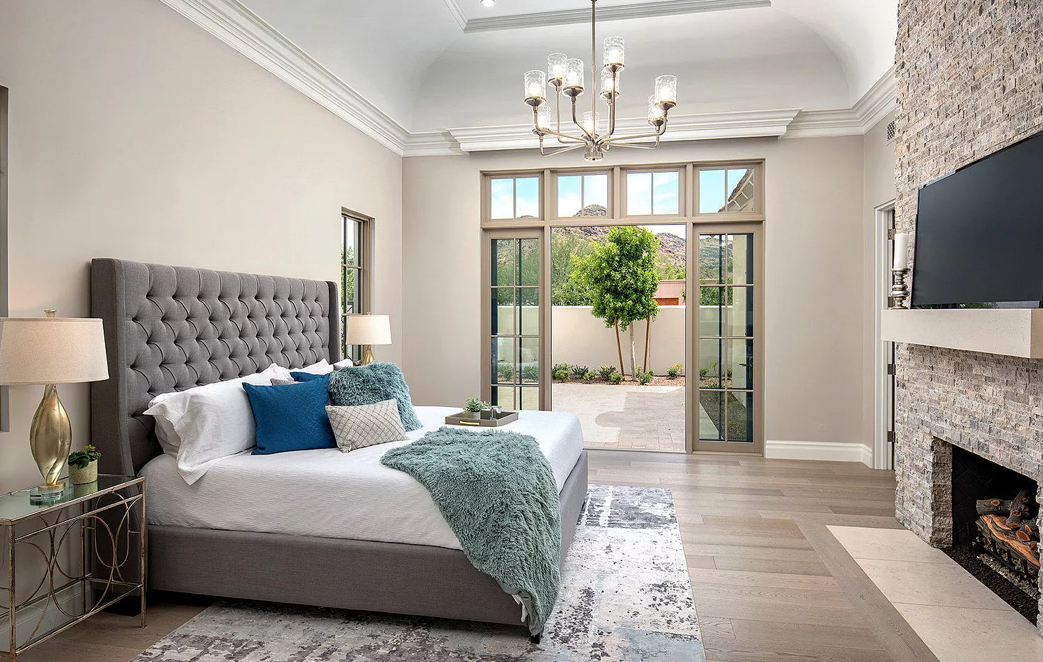 iSearch Decor Paradise Valley Master Bedroom Photo